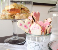 kleines-toertchen-sweet table baby party 1